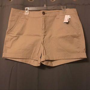 "Khaki Shorts- 5"" inseam, 14"" total length"